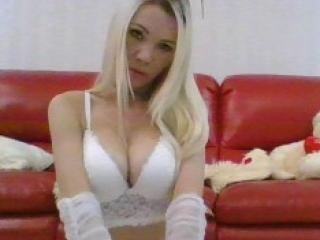 Sexy nude photo of AngelikaLoves