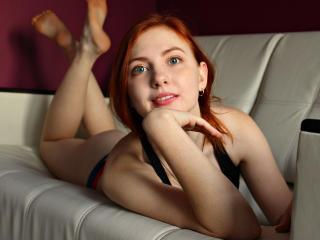 KylieNami sexy cam girl
