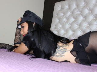 KathiaFox - Sexy live show with sex cam on XloveCam®