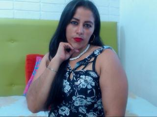 PamelaAssHotX - Web cam nude with a average hooter Young lady