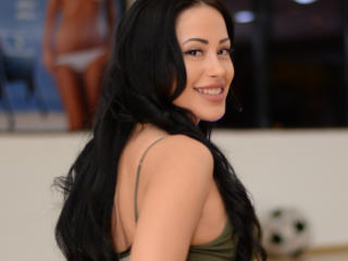 RenatteAmor - Cam sexy with this black hair Girl