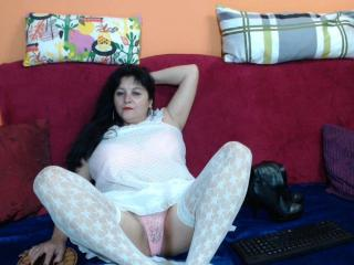 LindaTitsMilf - Sexy live show with sex cam on sex.cam