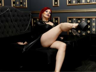 RedHeadLover - Chat live sexy with a average body Mistress
