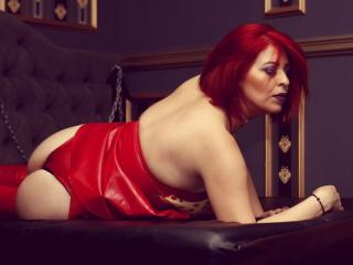 RedHeadLover - Chat live nude with a European Dominatrix