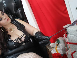 MelieFireDoll - Live cam hot with this latin american Dominatrix