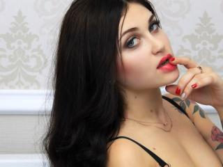 AngieZ - online chat hot with this shaved genital area Hot babe
