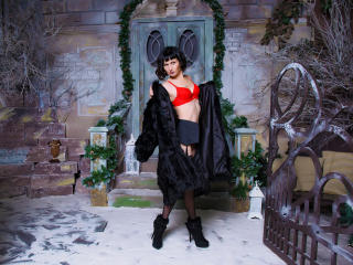 EvelinaX - Live xXx with this charcoal hair MILF