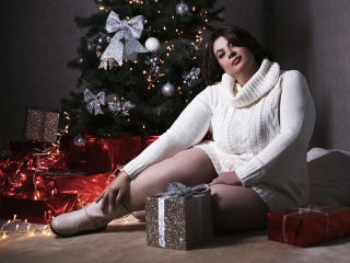 OneHotPenellope - chat online x with this Lady over 35 with giant jugs