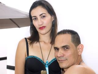 KlooyXSilver - Live sex with a latin Girl and boy couple