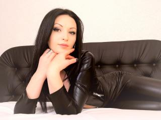 Coryna - Webcam live sexy with a being from Europe Young lady