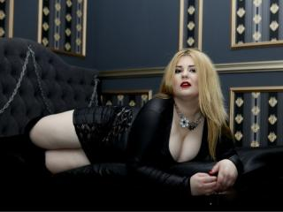 BustyFetishKim - Chat live x with this European Dominatrix