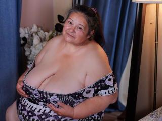 Sexy nude photo of BBWLadyForYou