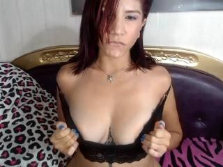 BibiBoobs - Chat cam porn with a average body Hot chicks