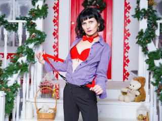 EvelinaX - chat online hot with this dark hair Mature