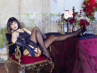 EvelinaX - Live cam xXx with this black hair Mature