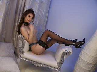 AttractiveReese - Sexy live show with sex cam on XloveCam®
