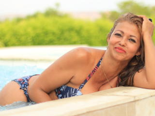 MatureDelicious - chat online nude with this latin american MILF