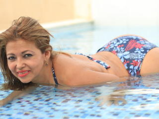 MatureDelicious - Webcam hard with this latin american Lady over 35