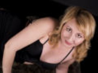 OlgaSensual - Live chat exciting with a European MILF