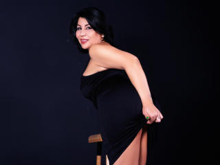 BigClitMILF - Chat live porn with a being from Europe Sexy mother