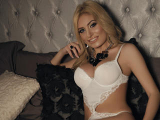 ClaireDaniells - Live xXx with a blond Sexy girl
