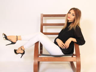 VivienneBlondy - online chat sexy with this light-haired Young and sexy lady