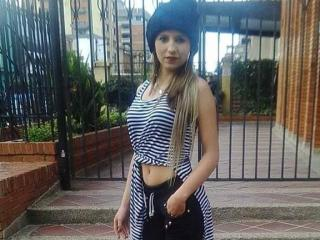 Kkatalina - Video chat hard with a latin Hot chicks