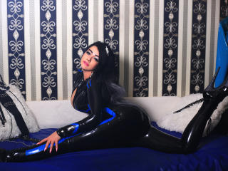 SensualSwitchForYou - Sexy live show with sex cam on XloveCam®