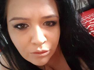 Carolina69 - online show sexy with this regular body Attractive woman