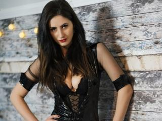 DeliciousCris - Show live x with a dark hair Hot chicks