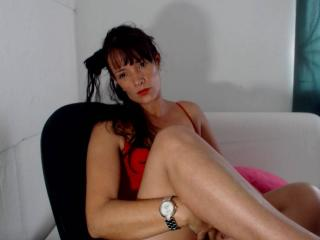 Brigyte - Live chat xXx with a shaved vagina Hot chick