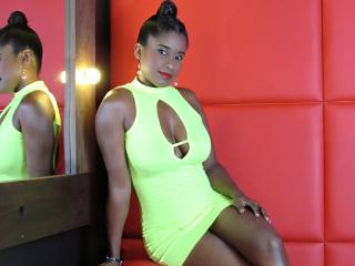 TanishaKurt - Live sex cam - 8406952