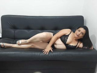 MatureAdel - Live sex cam - 8522304