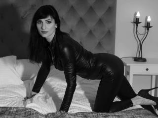 HypnoticIsabel - Live sex cam - 8619684