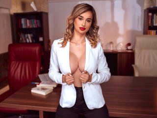 DayanaMoore - Live sex cam - 8797020