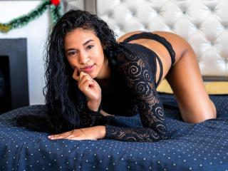 DarlingSaywell - Live sex cam - 8910056