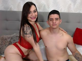 JamesandLuna - Live sex cam - 8962428