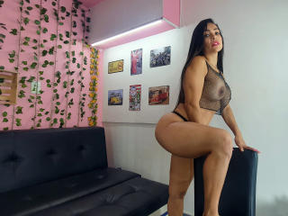 AlessandraWilliams - Live sex cam - 9006000
