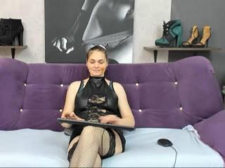 AnnisaKate - Live sex cam - 9019320