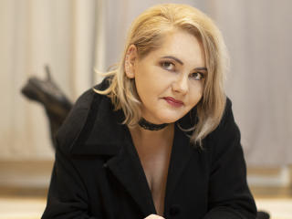 EstellaHoney - Live porn & sex cam - 9421088