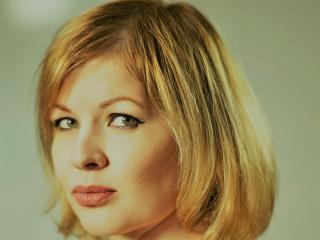 AngelaBlow