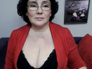 DorisMature - Webcam xXx with this gigantic titty Lady over 35