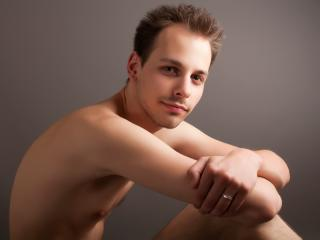 Picture of the sexy profile of PeterCrew, for a very hot webcam live show !