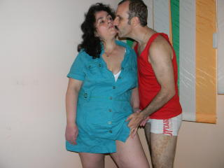 Keyx - Live x with a well rounded Girl and boy couple