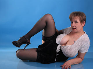 SugarBoobs - Chat cam x with a obese constitution MILF