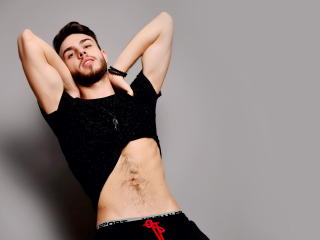 Photo de profil sexy du modèle BrandonGale, pour un live show webcam très hot !