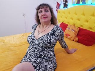 Model ArinaMex'in seksi profil resmi, çok ateşli bir canlı webcam yayını sizi bekliyor!