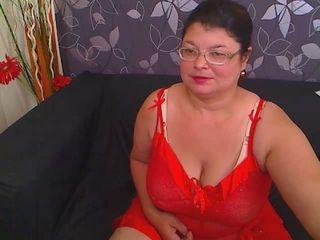 SweetKarinaX - Webcam hot with a BBW Lady over 35