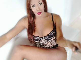 Isaveryhot - Chat cam nude with a ebony Ladyboy