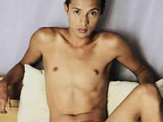 AlessandroSexyBoy - online show hot with this latin american Gays